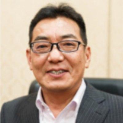 株式会社マルナカの経営者平尾 健一氏の顔写真