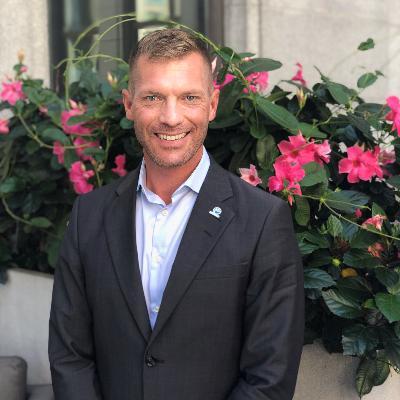 Headshot of Francis Desjardins, CEO of Clinique GO