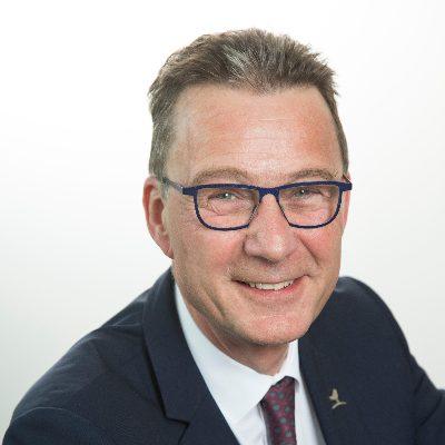 Portrait de Jean-Denis DEWEINE, PDG chez Auchan