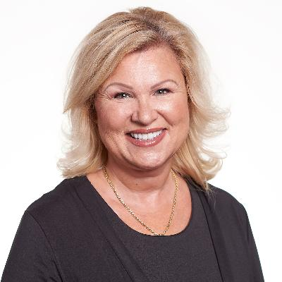 Picture of Debra, CEO of Minus Forty Technologies