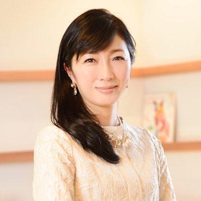 株式会社キッズラインの経営者経沢香保子氏の顔写真