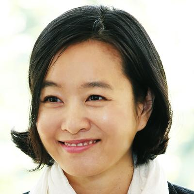 Picture of Songyee Yoon, CEO of 엔씨소프트