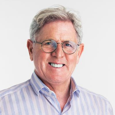 Picture of Jay Schottenstein, CEO of American Eagle Outfitters