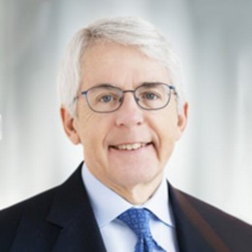 Headshot of Dean Connor, CEO of Sun Life