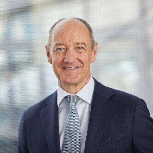Headshot of Roland Busch, CEO of Siemens AG