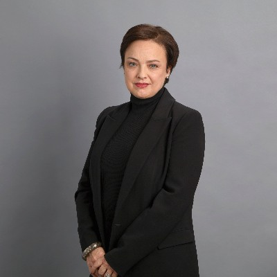Picture of Liz Fraser, CEO of kate spade