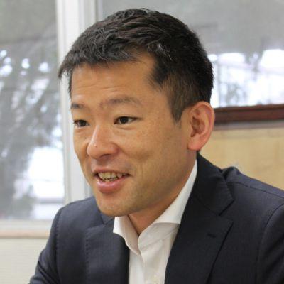 株式会社セントラルフーズの経営者秋山裕一氏の顔写真