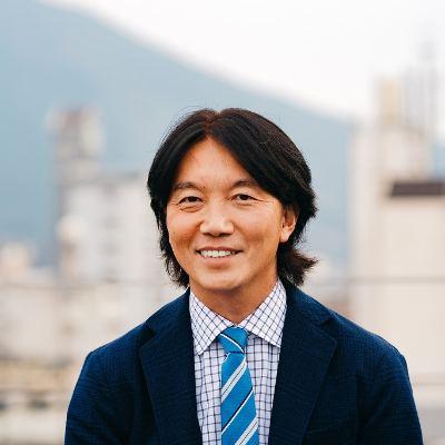 オーエーセンター株式会社の経営者吉武 太志氏の顔写真