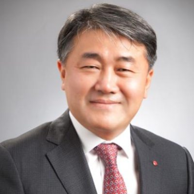 Headshot of Mr. Thomas Yoon, CEO of LG Electronics