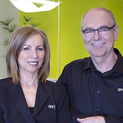 Headshot of Cofondateurs Sylvie Senay et Rolland Tanguay, CEO of AVRIL supermarché santé