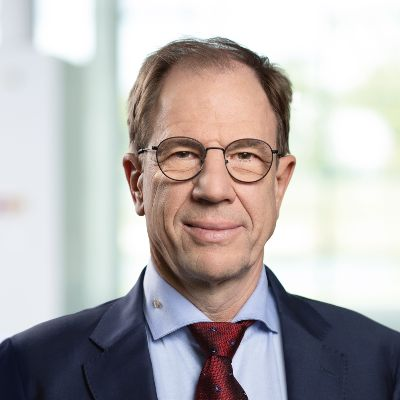 Picture of Dr. Reinhard Ploss, CEO of Infineon Technologies