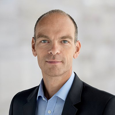 Picture of Roland Diggelmann, CEO of Smith & Nephew