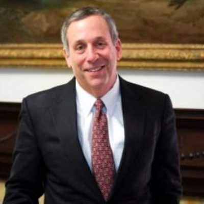 Picture of Lawrence Bacow, CEO of Harvard University