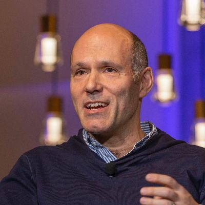 Picture of Peter Kern, CEO of Expedia Group