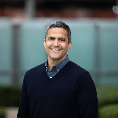 Picture of Mark Breitbard, CEO of Gap