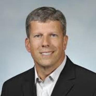 Picture of Bob Fontana, CEO of Aspen Dental