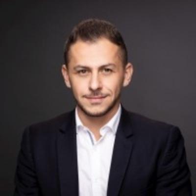 Portrait de Arnaud Delisée , PDG chez Cliqeo