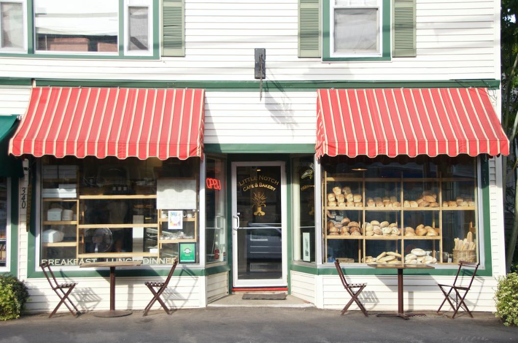 Little Notch Cafe storefront