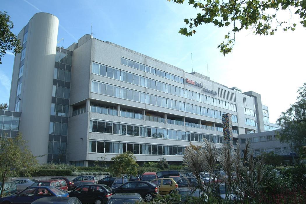 De Missie Voordelen En Bedrijfscultuur Van Rode Kruis Ziekenhuis