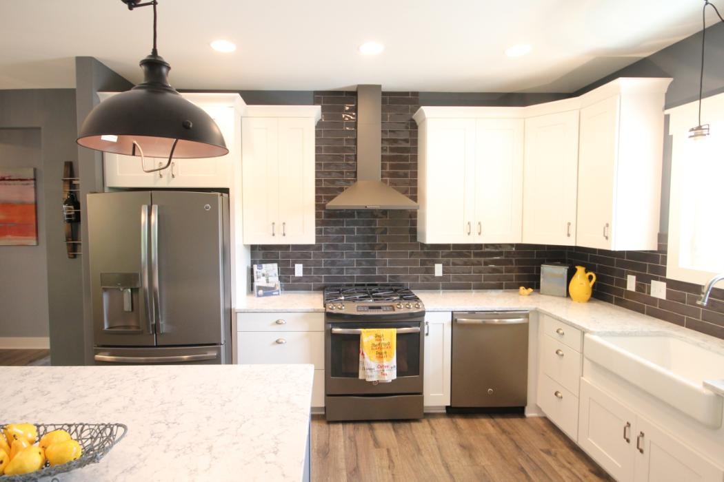 Designed By Carolle Spence - Starlite Kitchens