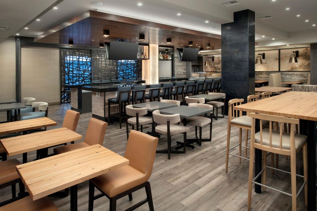 Image of Venture Kitchen & Bar at Delta Hotels by Marriott Seattle Everett.