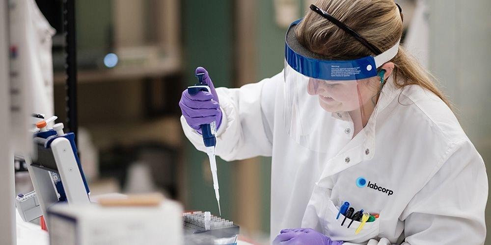 image of a technician.