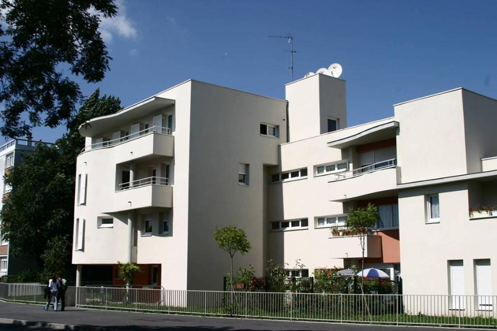 salaires pour france habitation