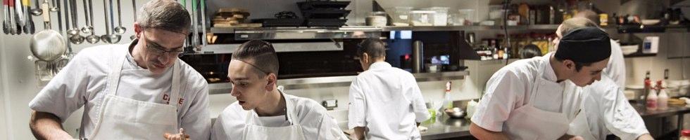 Emplois chez la cage brasserie sportive - Salaire net commis de cuisine ...