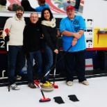 Partie de curling du club social