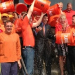 Fiserv CEO Jeff Yabuki participates in the Ice Bucket Challenge