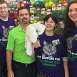 Pet Supplies Plus photo: CEO & CBO (chief bird officer) Store Visit