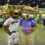 Great Wolf Lodge photo: Violet and Tacoma Rainiers Rhubarb the Reindeer