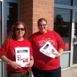 Working America leaflets Verizon Wireless in support of CWA workers