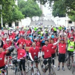 UK interns bike ride from the Buckingham Palace to Windsor castle