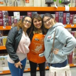 photo de l'entreprise Home Depot, Their all time favorite manager on her last day : (
