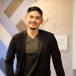 For Eljin, joining Oracle meant achieving his long-term career goals and exploring his potential