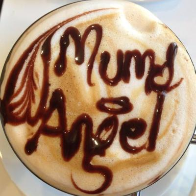 Mums angels cleaning logo